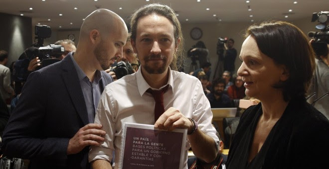 Pablo Iglesias durante la presentación del documento que ha ofrecido a PSOE, Podemos e IU.- REUTERS