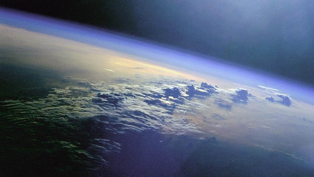 Earth's atmosphere 2.7 billion years ago was less than half as thick as it is today. Image: NASA