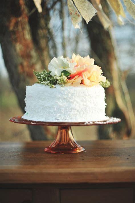 Top 16 Single Tier Flower Wedding Cakes ? Cheap & Unique