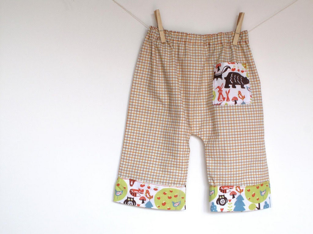 On Sale. Baby boy pants, kid baggy style pants. Summer baby pants. Friends in the forest toddler trousers. Size 12-18 months, ready to ship. - arch190