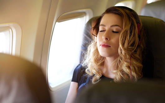 How to Relax Before a Flight in 60 Seconds or Less