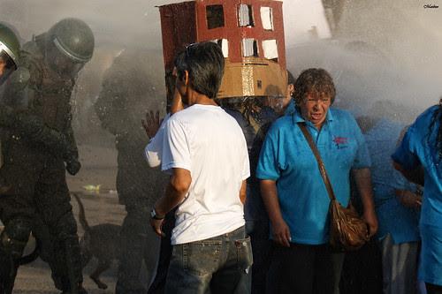 Protesta Andha Chile, deudores habitacionales 2 by Alejandro Bonilla