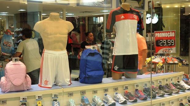 nova camisa flamengo lojas (Foto: Cahê Mota)