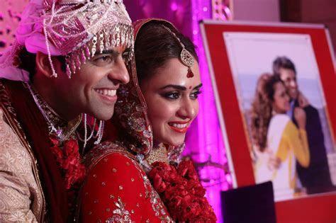 Marathi Actress Amruta Khanvilkar Wedding   Marriage Photos