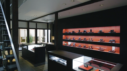 Leica's Kyoto Store Beautifully Blends German Engineering and Japanese Aesthetic