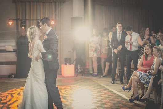 Book Your Wedding Band Direct | Vibetown