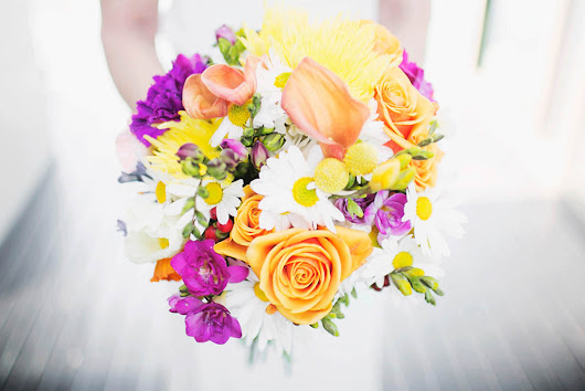 Pops of sunshine for this cute and colourful wedding at Maleny Manor - Mondo Floral Designs
