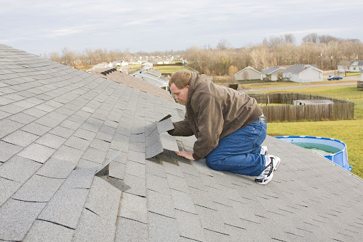Call a Roofing Professional if Your Roof Has These Flashing Problems
