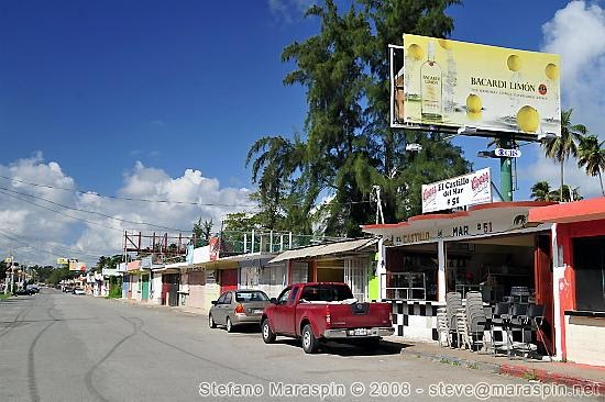 on the road the luquillo kioskos. Black Bedroom Furniture Sets. Home Design Ideas