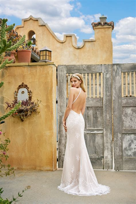 How To Choose The Perfect Wedding Dress For Your Body