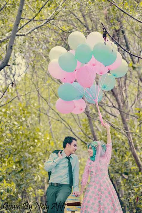 foto pre wedding islami romantis indoor outdoor terbaik