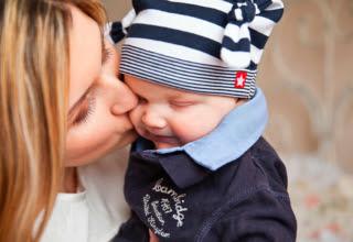 40 tiernas y conmovedoras fotos de madres con sus hijos