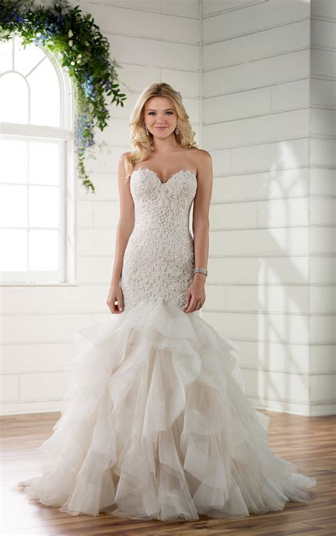 Plus Size Rococo Beaded Wedding Dress with Textured Skirt