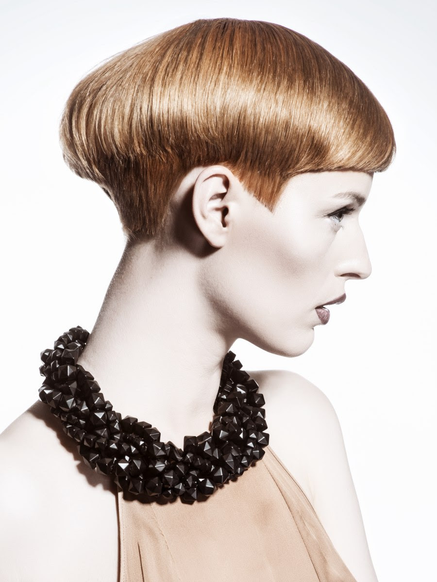 Short haircut with a cropped neck and volume in the back