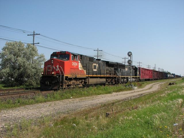 CN 2624 in Winnipeg