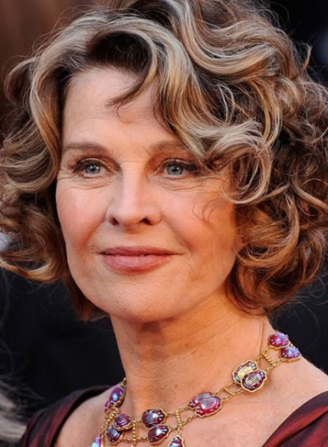 Short Curly Hairstyles For Women Over 40 Hairstyle Guides