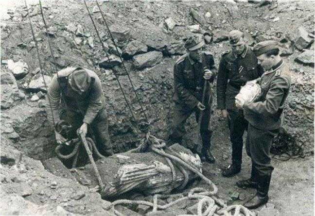 """Γερμανοί βγάζουν στο """"σφυρί"""" αρχαία νομίσματα τα οποία είχαν κλέψει από την Αμφίπολη κατά την περίοδο της Κατοχής."""