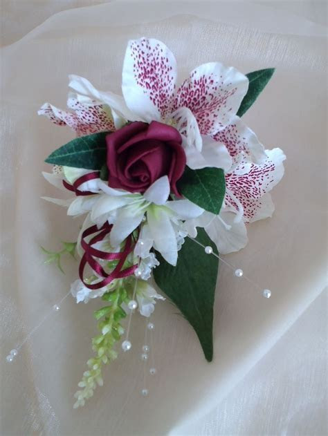 Mother of the Bride Corsage in burgundy and ivory