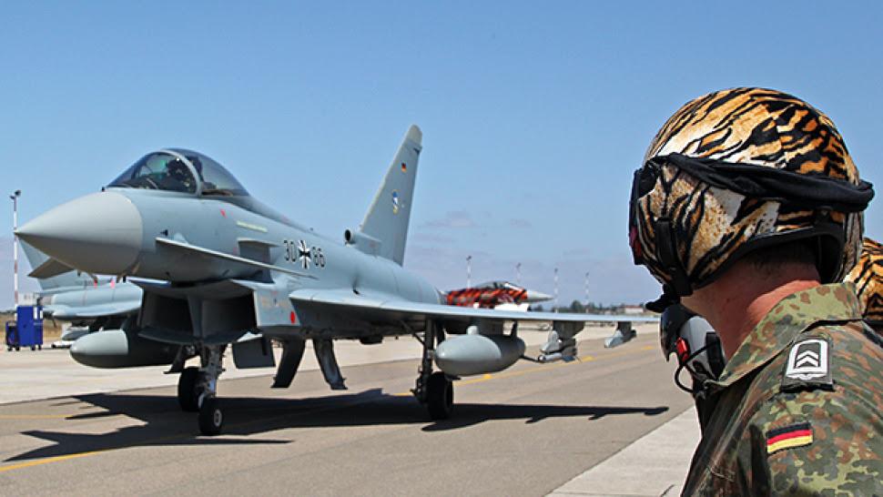 Myśliwce bez paliwa, śmigłowce w odstawkę. Wstrząsający dokument ws. Bundeswehry