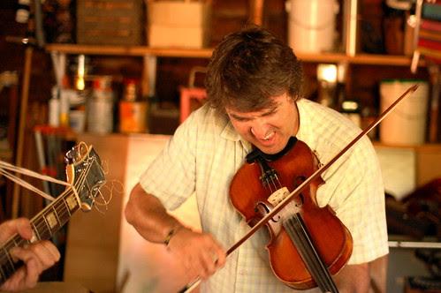 Daithi W. on Violin