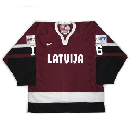 2002 Latvia F jersey photo Latvia2002WCF.jpg