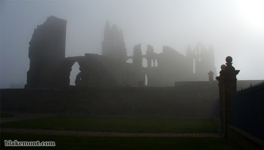 Whitby, in the footsteps of Dracula (Part 2)