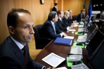 <p>O ministro da Segurança Social, Pedro Mota Soares, quer rever as regras das prestações sociais</p>