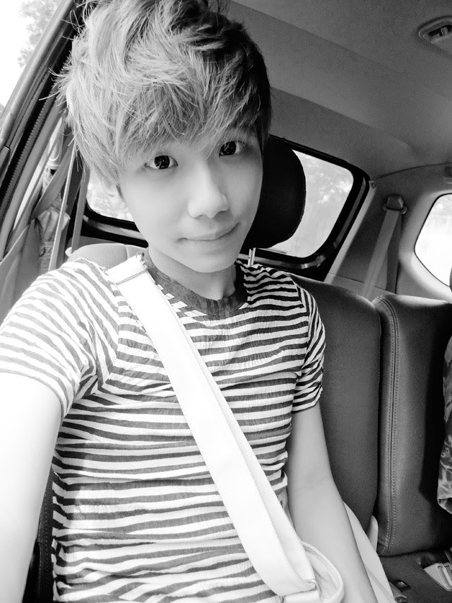 typicalben camwhore on car bintan 3