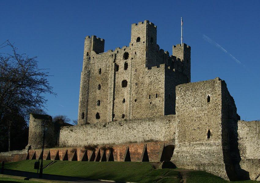 http://survation.com/wp-content/uploads/2014/10/rochester-castle1.jpg