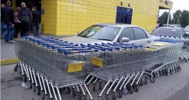 Αυτά παθαίνεις όταν παρκάρεις όπου να 'ναι (10)