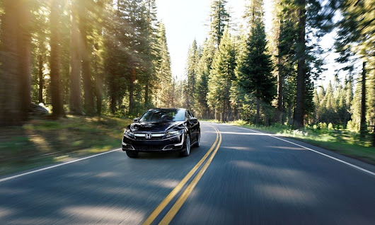 5 Coolest Features of the 2018 Honda Clarity Plug-in Hybrid