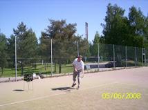 Tenniksen alkeis- ja jatkoryhmät toukokuulta elokuulle