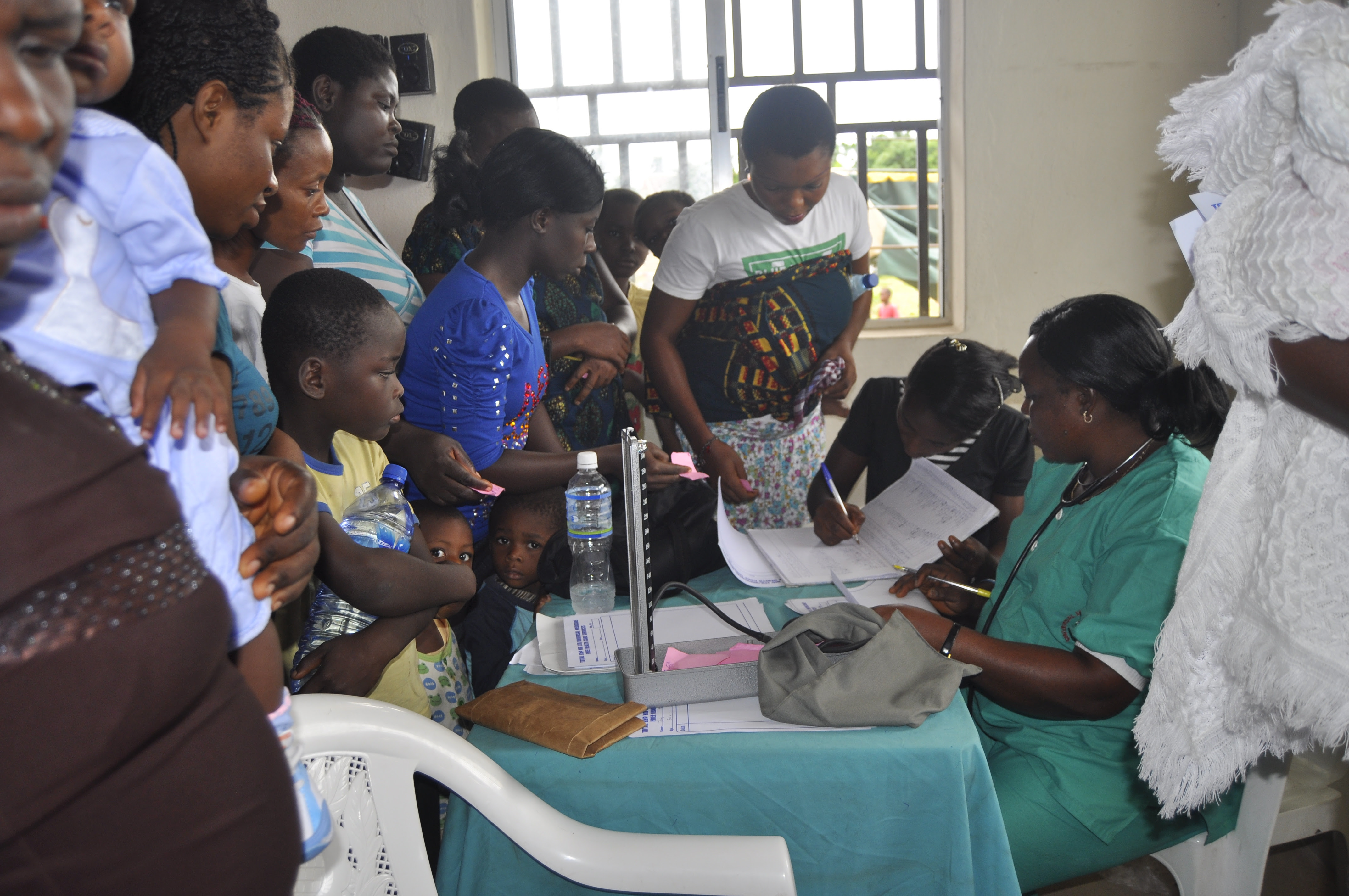 Lagos sanctions public health workers for selling free drugs to patients - Ventures Africa