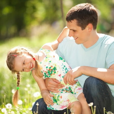 Father and daughter in the park Stock Photo - 16167336