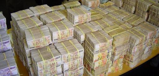Resultado de imagem para Imagens de repatriação do dinheiro