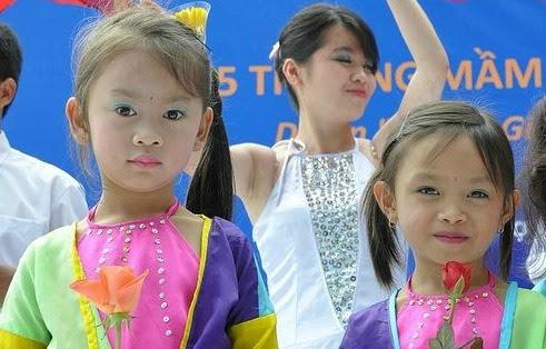 Girls in Vietnam