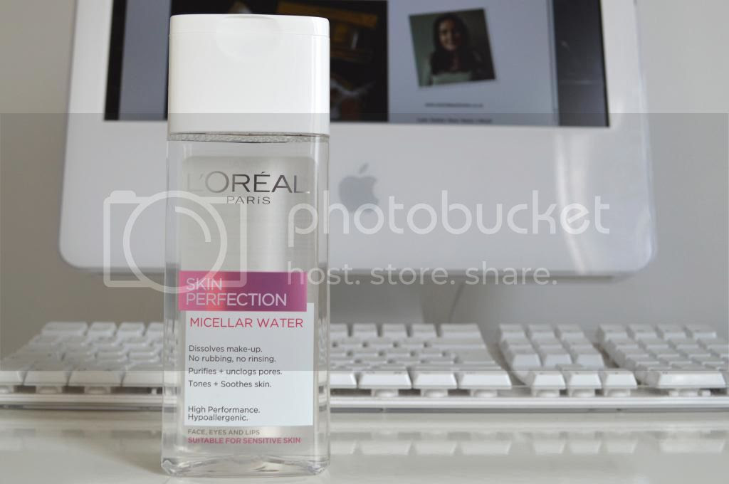 L'Oréal Paris Skin Perfection 3 in 1 Purifying Micellar Solution Blogger Review