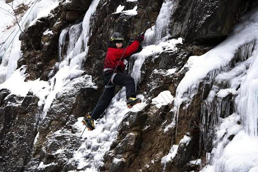 Young ice climbers reach new heights on Crawford Notch adventure - The Boston Globe