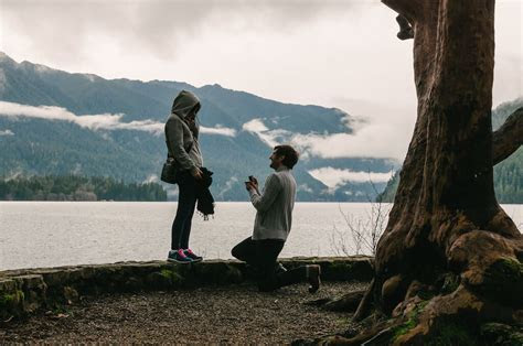 The 7 Best Places to Propose in Seattle   Wedding DJ in