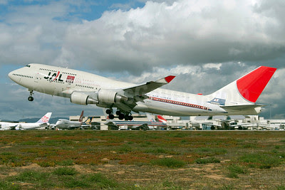JAL (Japan Airlines) Boeing 747-446 JA8906 (msn 26350) (Hawaii 50th Anniversary - First International Flight - February 2, 1954 - DC-6B) KAX (Roy Lock). Image: 913800.