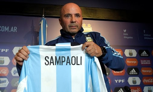 Sampaoli vows to build team around Messi after being unveiled via @MailOnline #AFA #Sampaoli #Messi ...