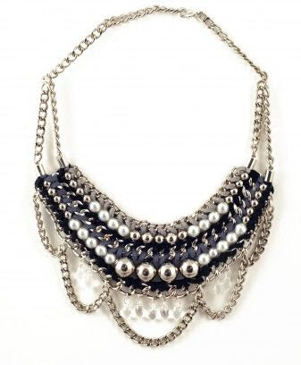 Trend alert: 7 modern ways to wear pearl jewelry | Cool Mom Picks
