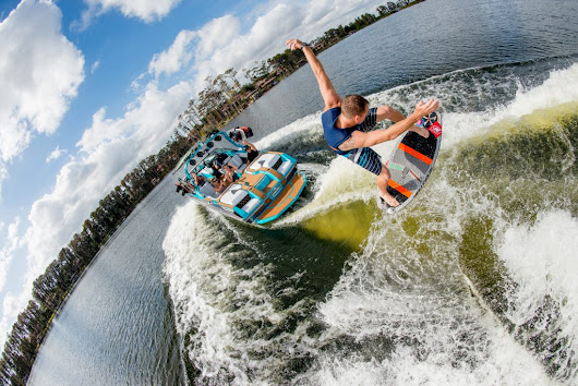 Next Level Wakesurfing with Wakesurf Shapers - BuyWake.com