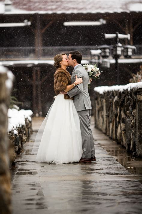 Winter Weddings, The Omni Grove Park Inn Asheviile, NC
