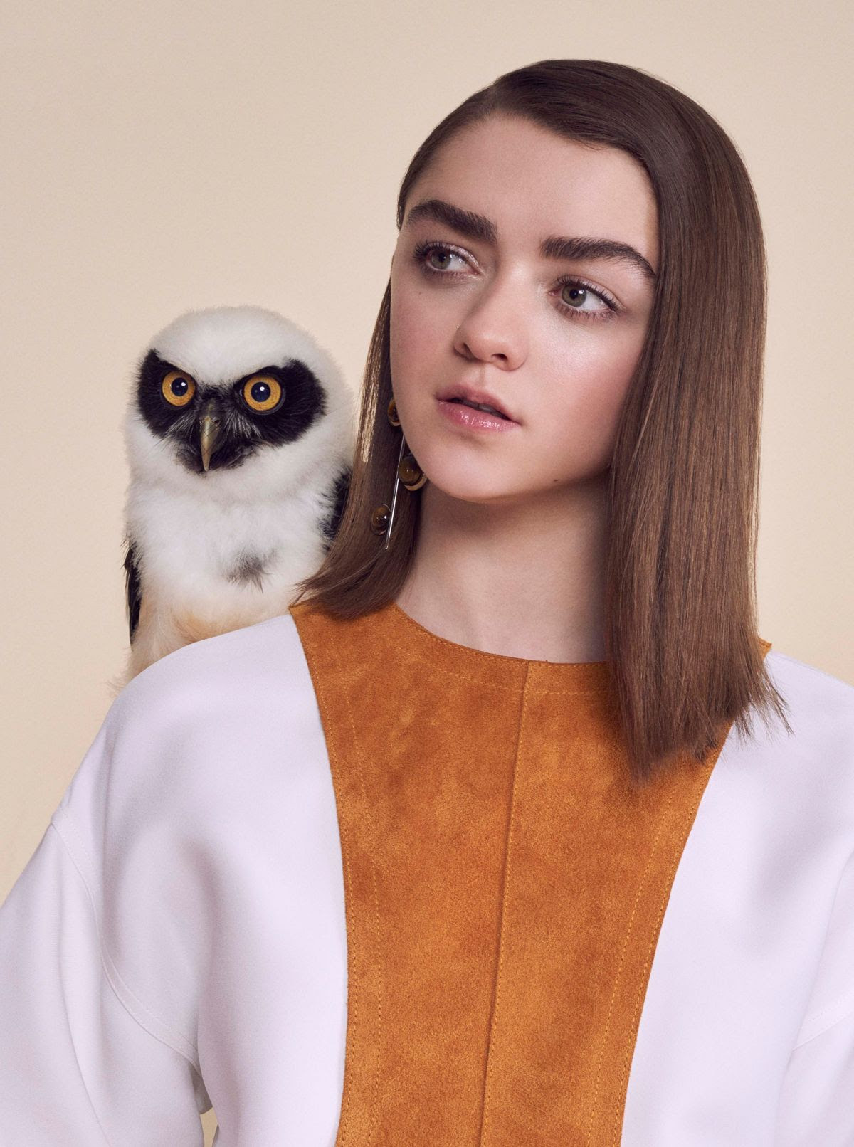 MAISIE WILLIAMS in Instyle Magazine, UK April 2016 Issue