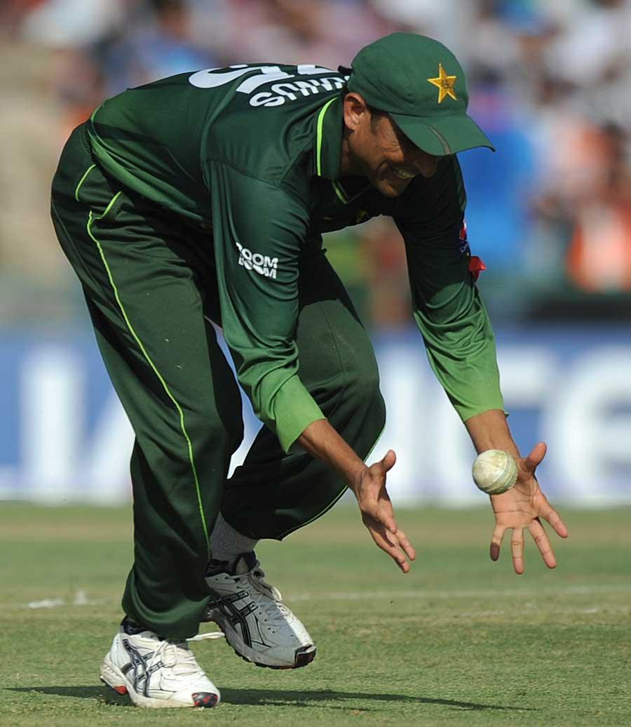 Younis Khan drops Sachin Tendulkar