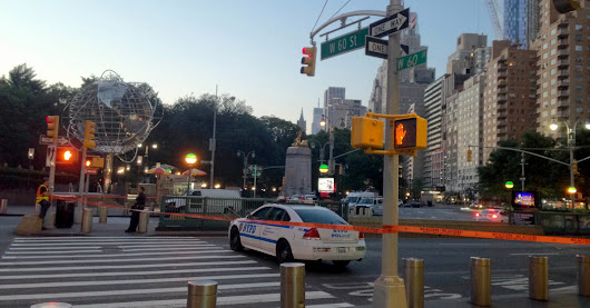 New York Police Standoff Ends Peacefully at Columbus Circle - The New York Times