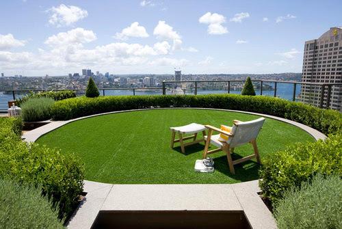 Desain Taman Kombinasi Pada Bubungan Atap Dari Secret Garden
