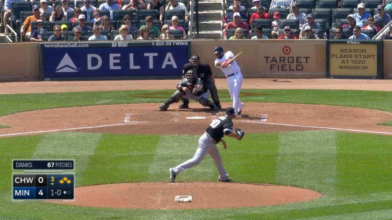 Grand slam de Plouffe y Twins barren a White Sox