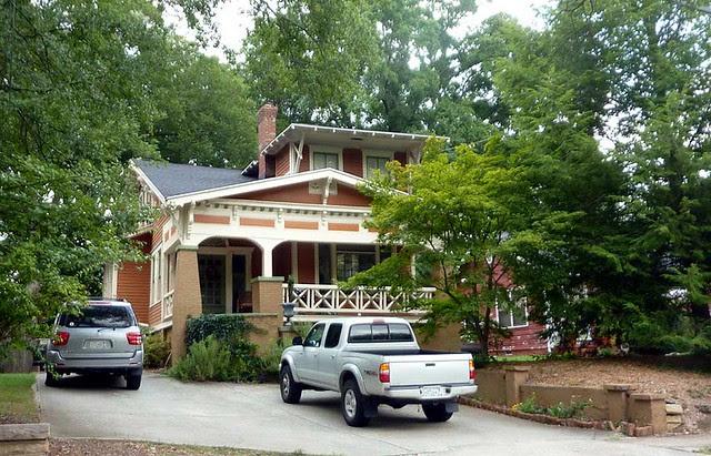P1030497-2010-08-20-Howard-Kirkwood-House